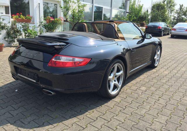 Porsche 911 Carrera 4 Cabrio*AUT*WARTUNG NEU*XENON*PDC*